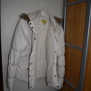 Maralyn & Me cream - colored puffer jacket